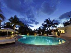 别墅游泳池风水