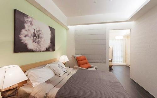 卧室门对着卫生间门风水好吗,有什么布置方法可以化解