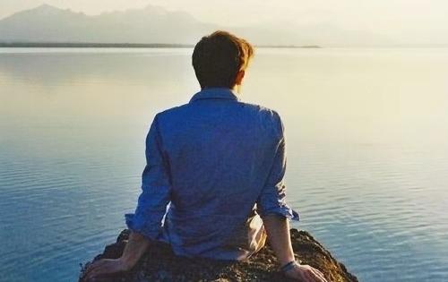 男人身体痣的位置和命运,男人面相哪里有痣影响最不好