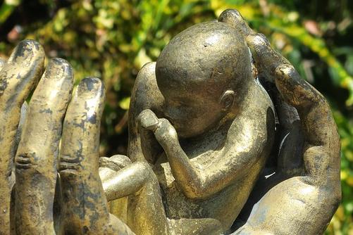 打胎会有因果报应吗,有什么化解的方法