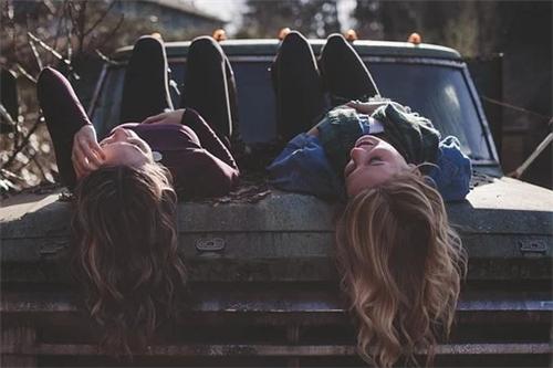 如何与天蝎座女生做朋友,与天蝎女成为好友的秘诀
